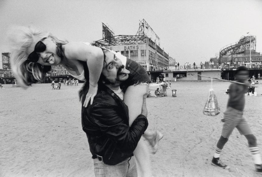 Lester Bangs e Debbie Harry em 1978, por Chris Stein