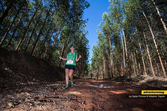Priscila Garcia correndo a prova Volta dos Biris de 12k. Foto: Liga Outdoor