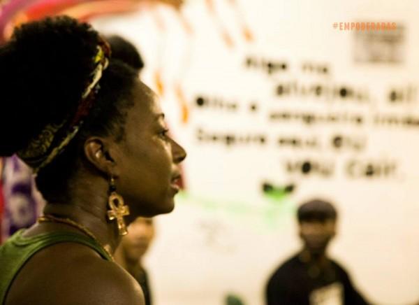A cientista social e dançarina Ana Koteban, participante do quinto episódio da série Empoderadas.