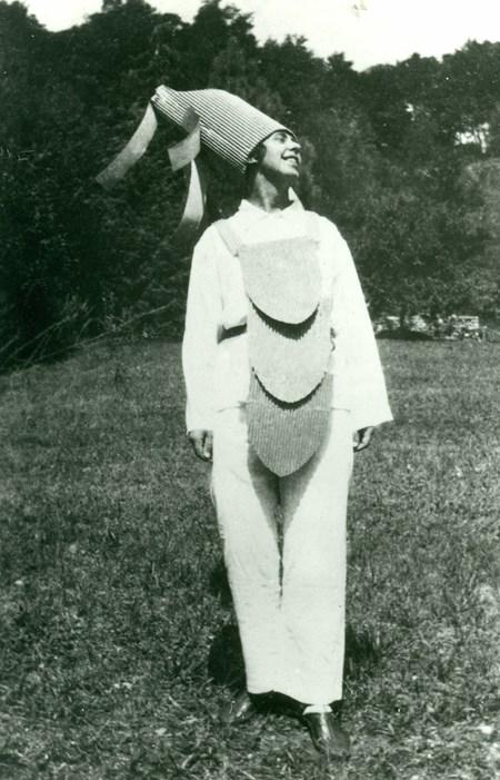 Sophie Taeuber-Arp em Ascona, 1925 Stiftung Arp e.V., Berlin/Rolandswerth