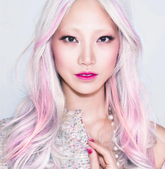 A modelo Soo Joo Park