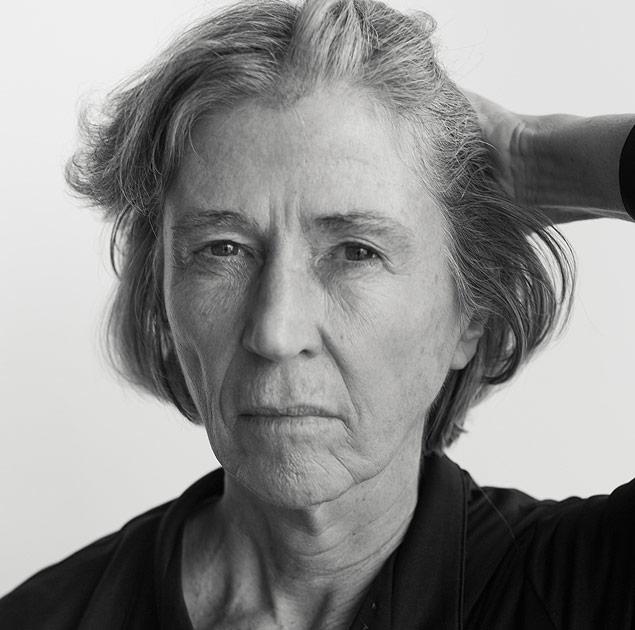 Leia: Elvira Vigna